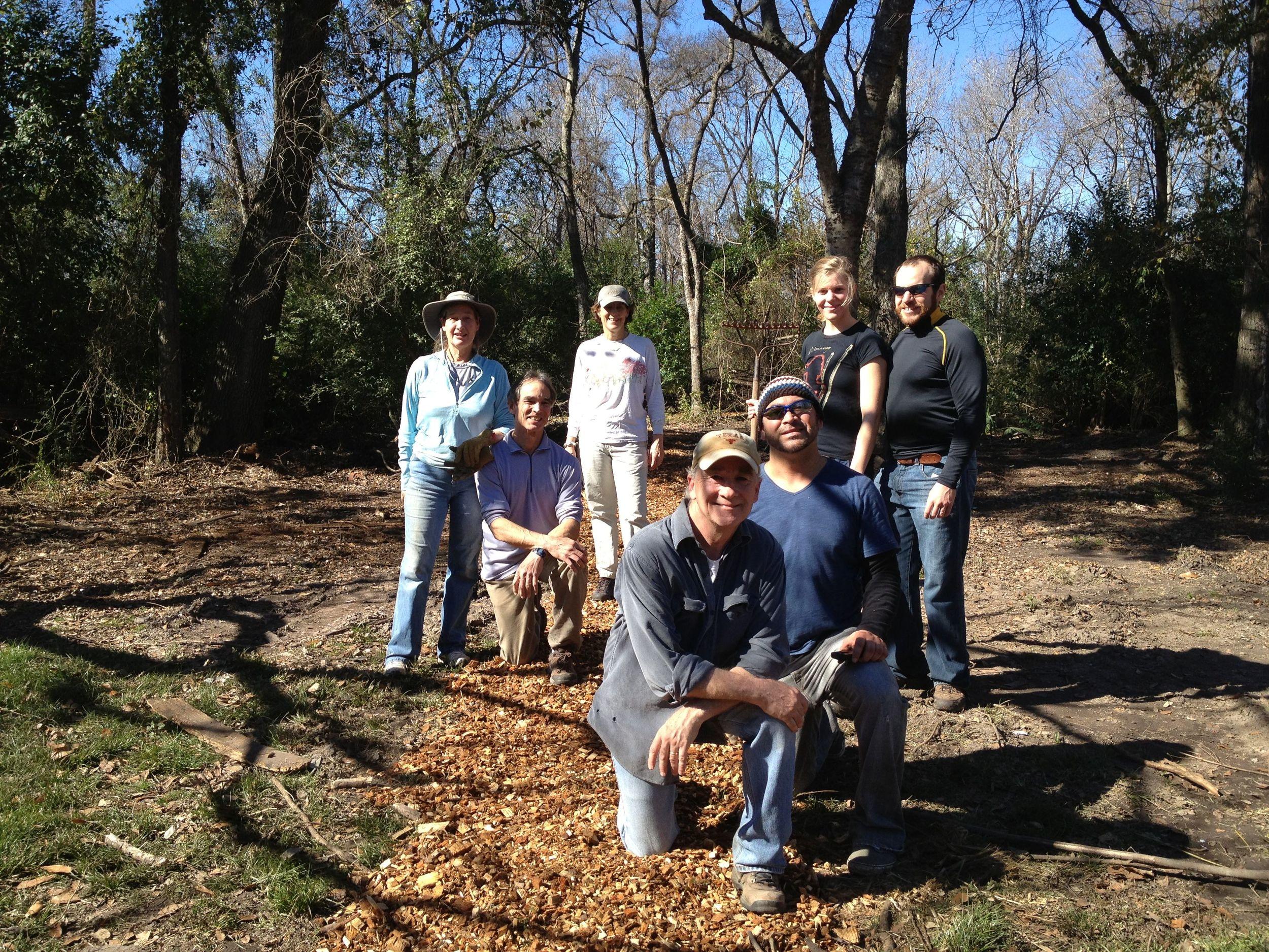 bark mulch crew.jpg