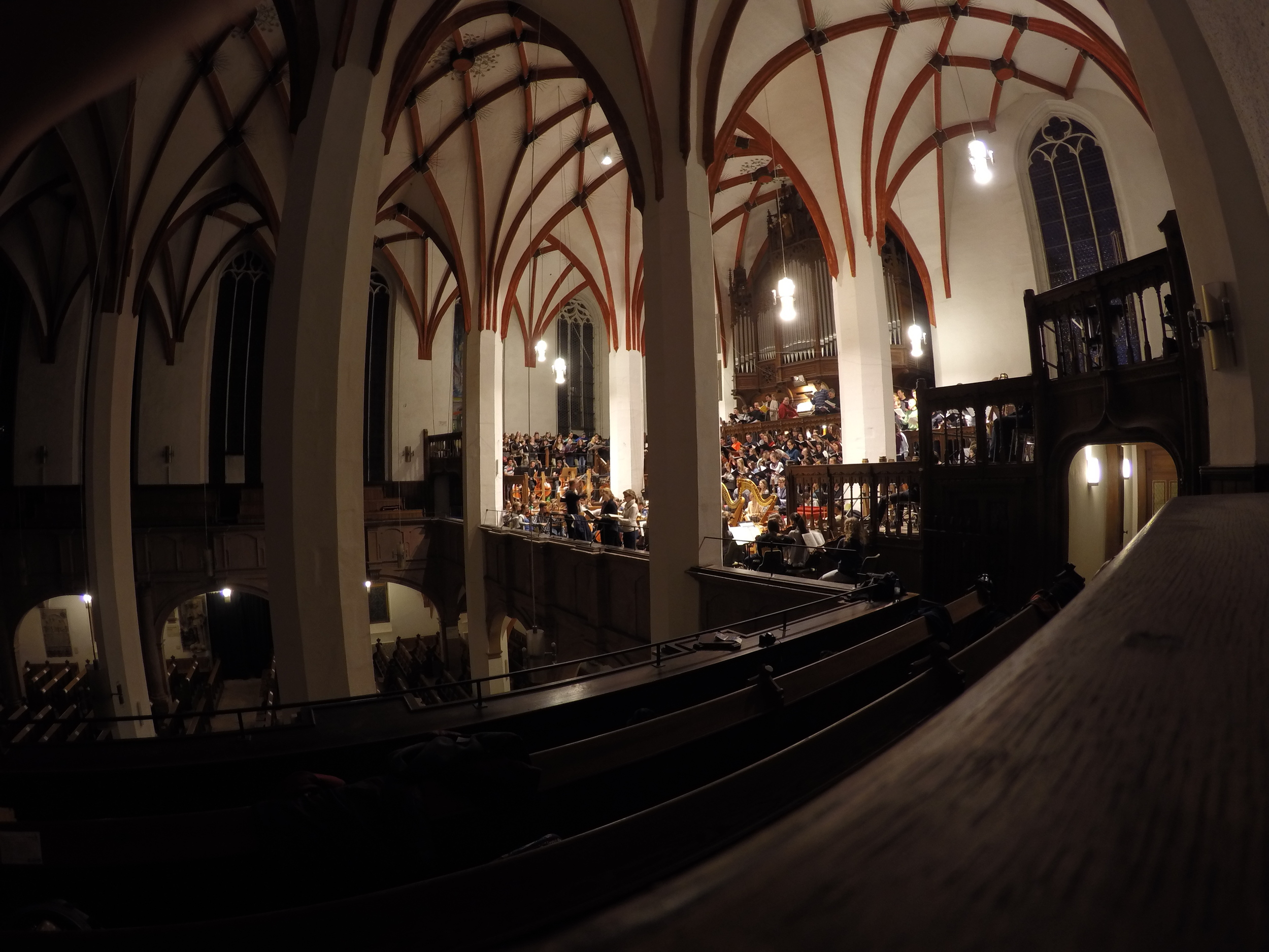 the choir and orchestra rehearse in the thomaskirche