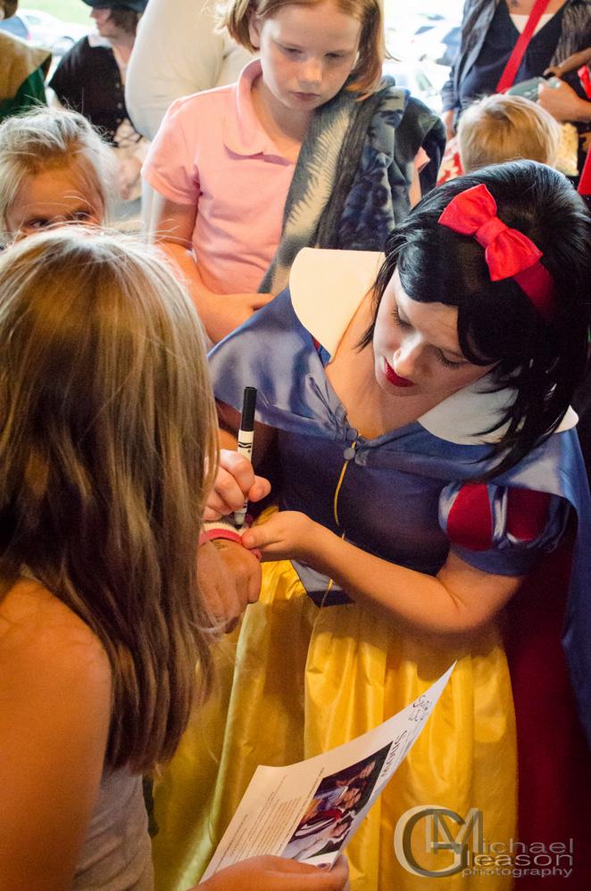 Snow White Kearsley (13)