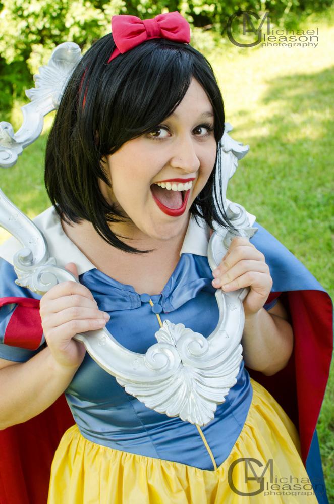 Snow White Mott (28)