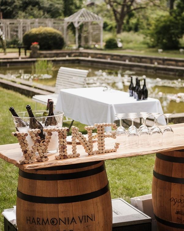 Vaše restaurace je jedinečná - Nejdříve pochopíme vaši restauraci a hosty. Potom navrhneme tu správnou skladbu vín. Už se nestane, že vám víno bude ležet ve skladu.