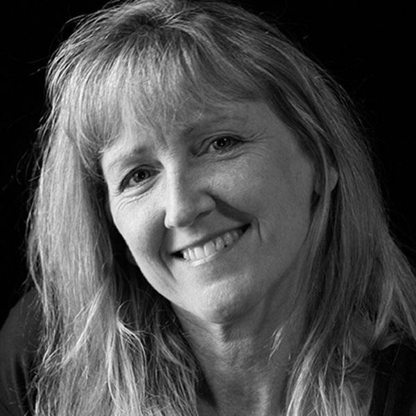 Carol Guzy, former Wash Post