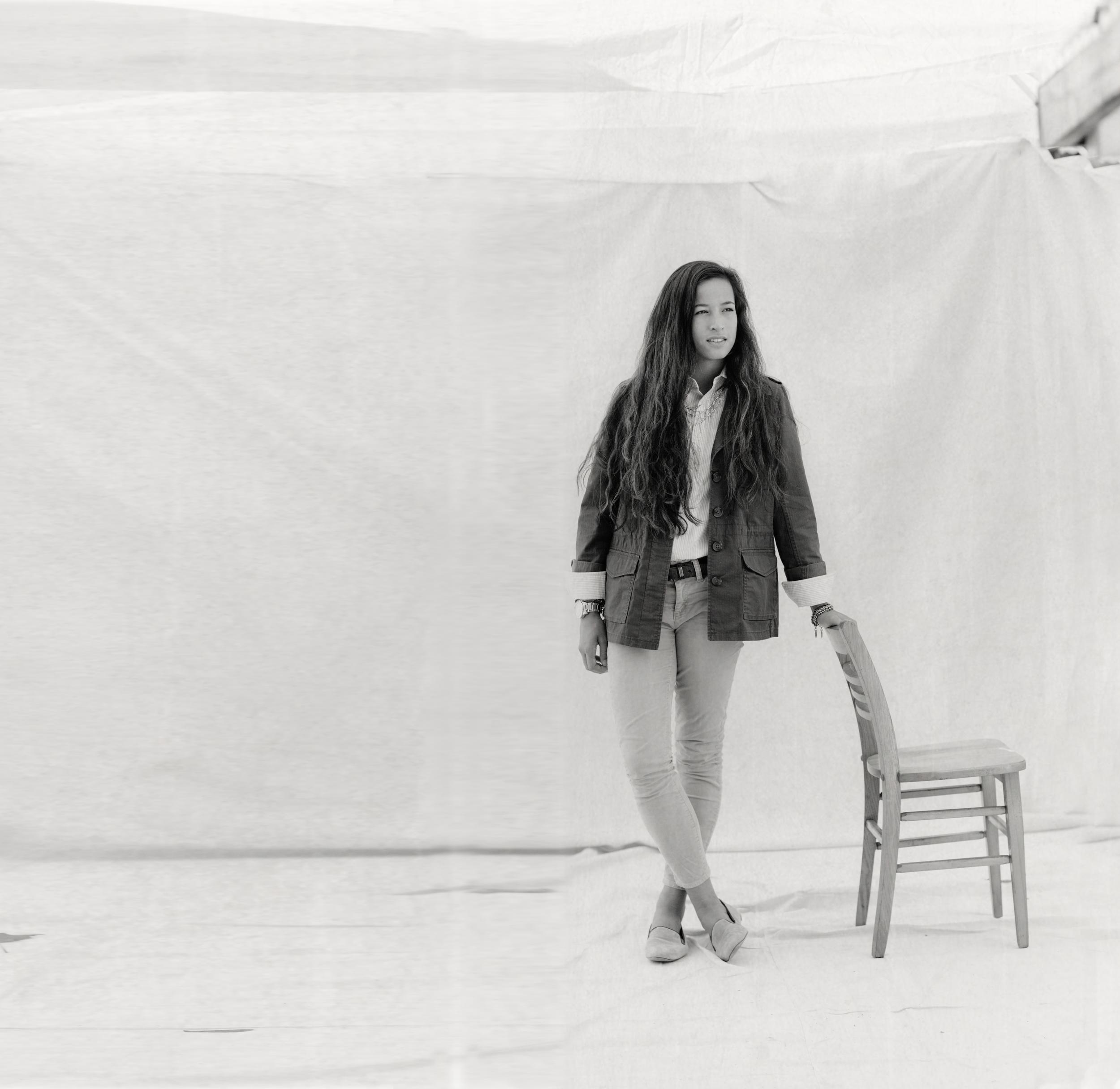 Portraits_2015.10.11_Fine Art Portrait- Alexis Chair_0001_RETOUCHED.jpg