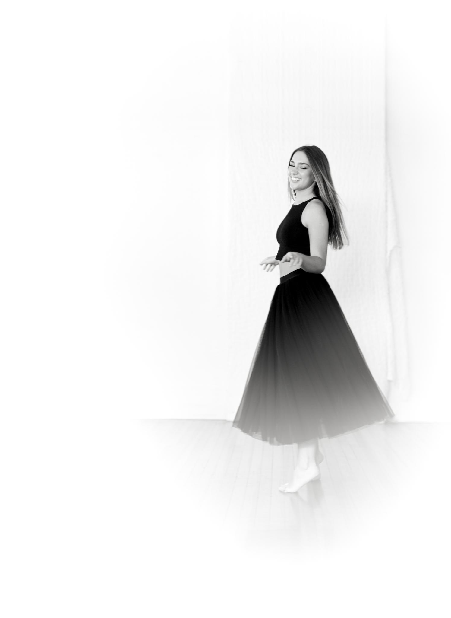 Moonrise Rebel_Ballet Portrait_0001.jpg
