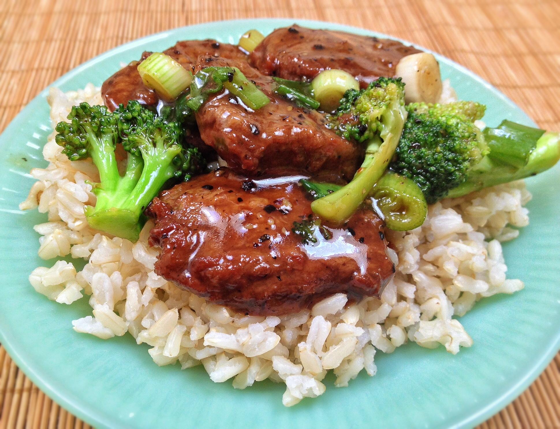 Black Pepper Steak by Vegetarian Plus (VegeUSA®)