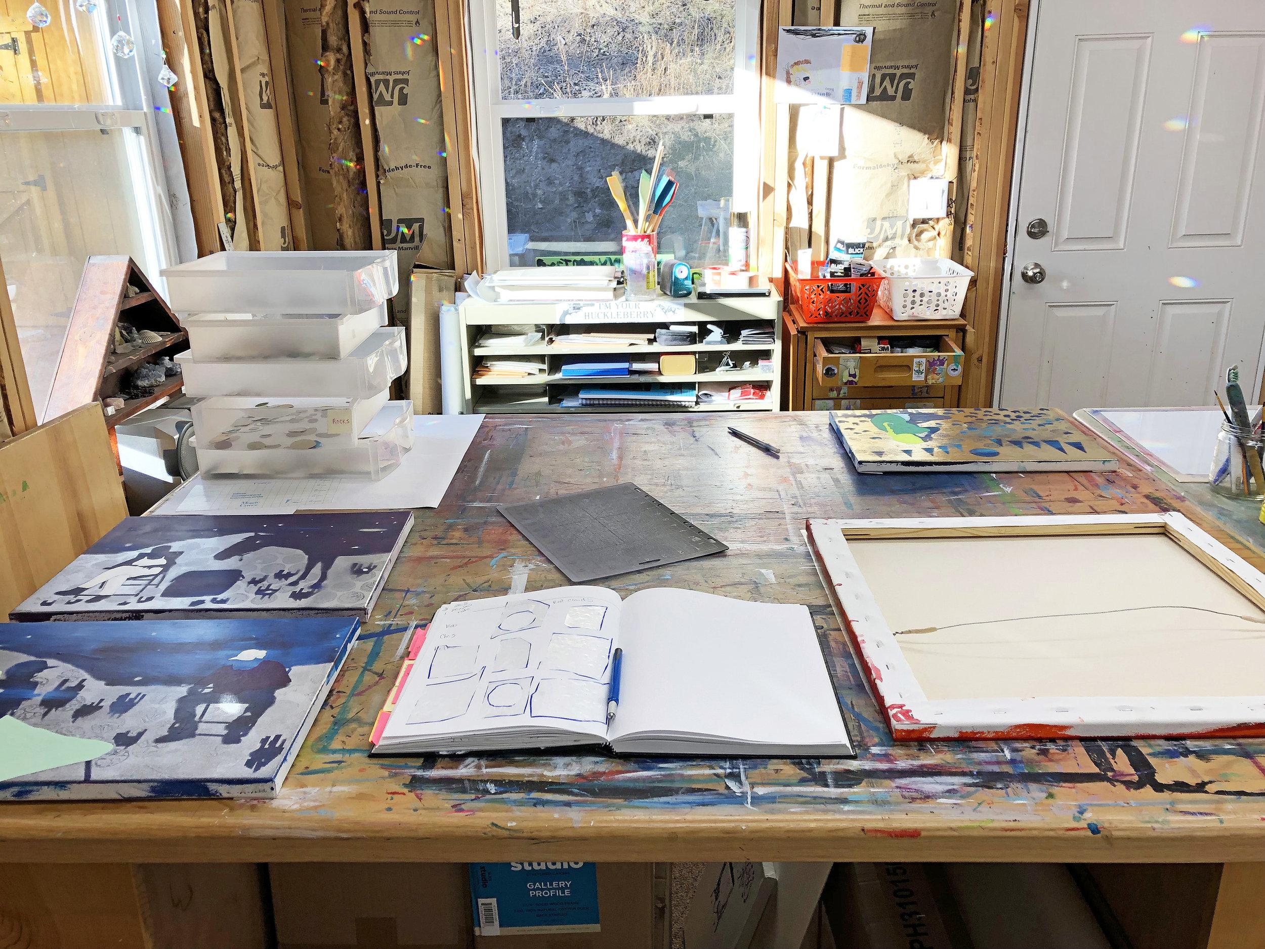 mixed media painter Hillery Lay