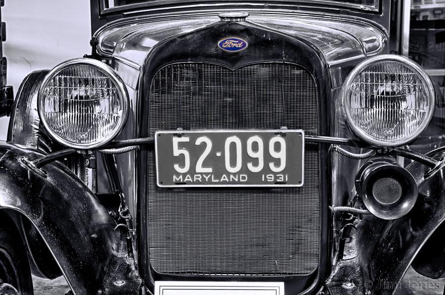1931 Ford - B&W
