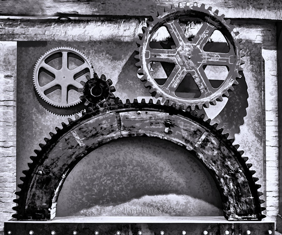 Cogs and Gears - B&W