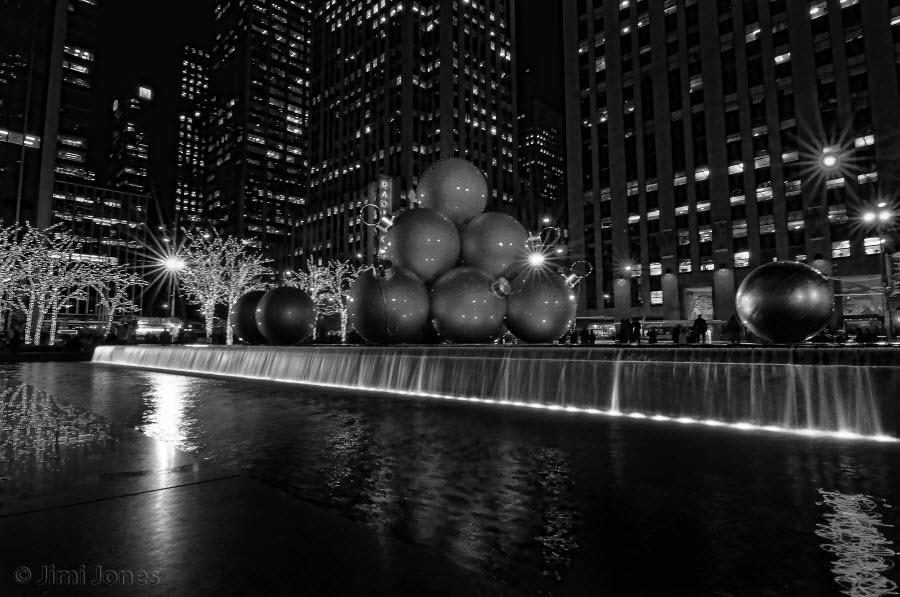Christmas Balls - B&W