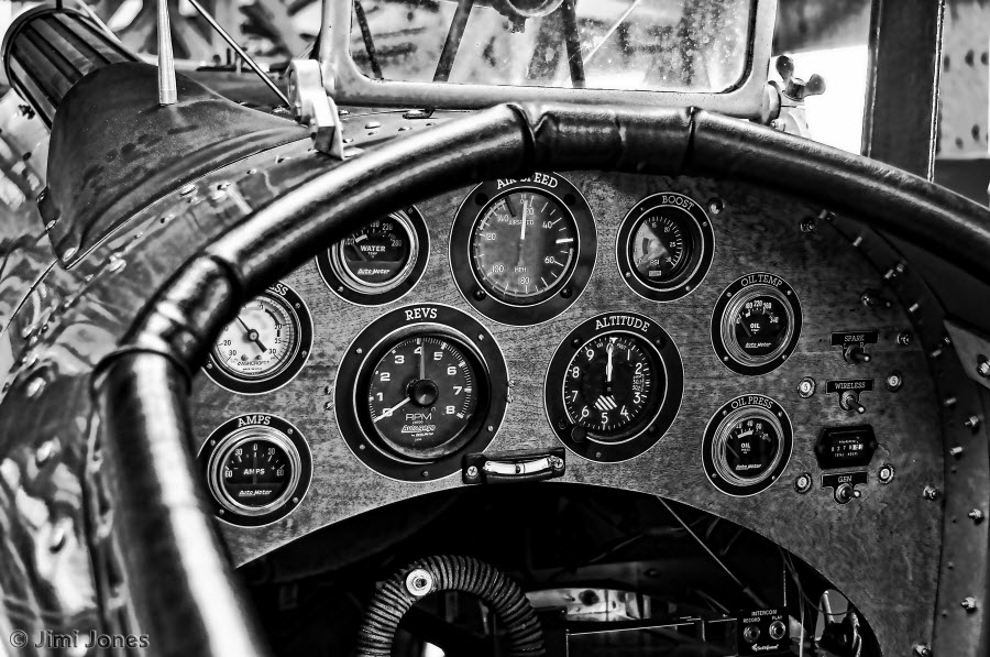 The Cockpit - B&W
