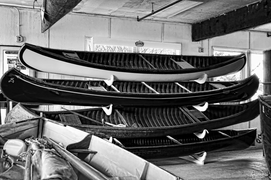 Chesapeake Wooden Boat School - B&W