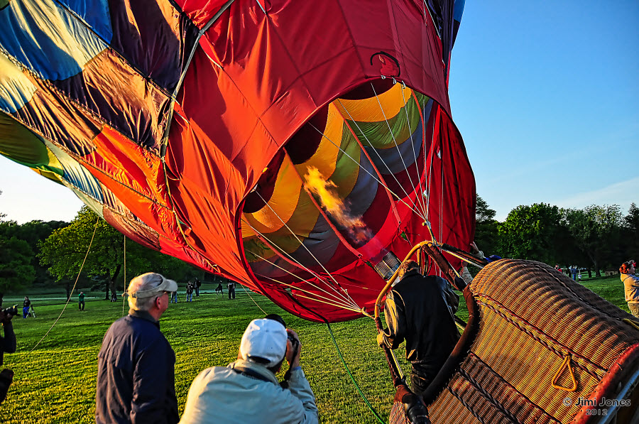Hot Air Ballooning - Rising up