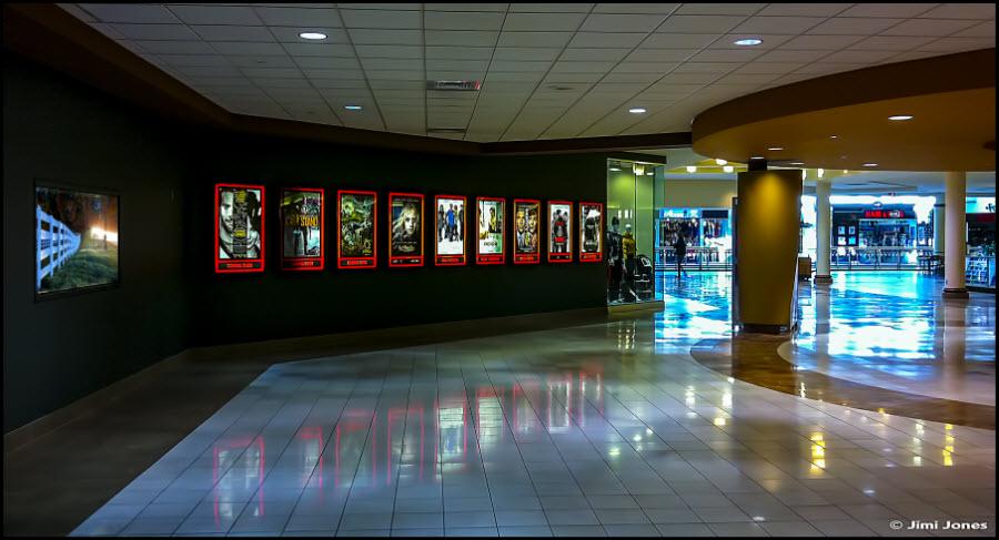 Photo of a movie theater lobby.
