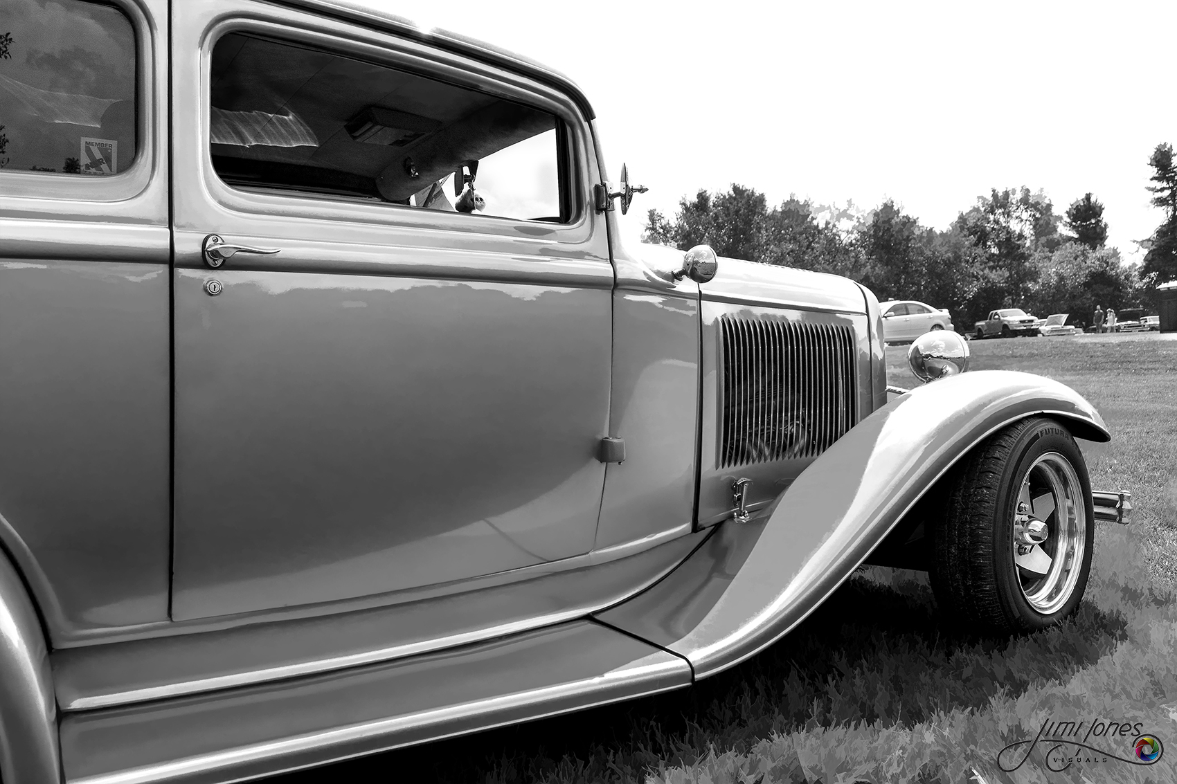 streetrod in black and white