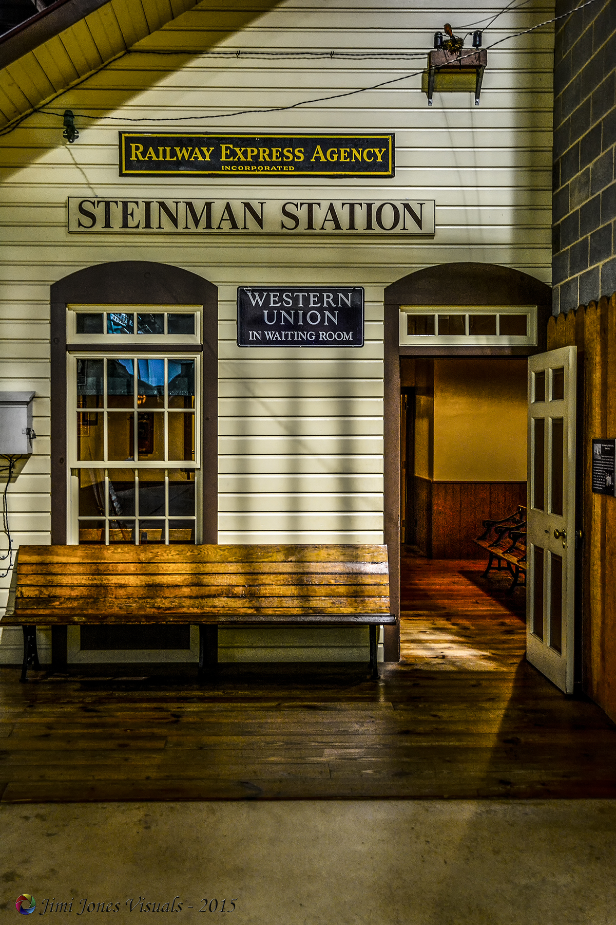 Steinman Station Entrance