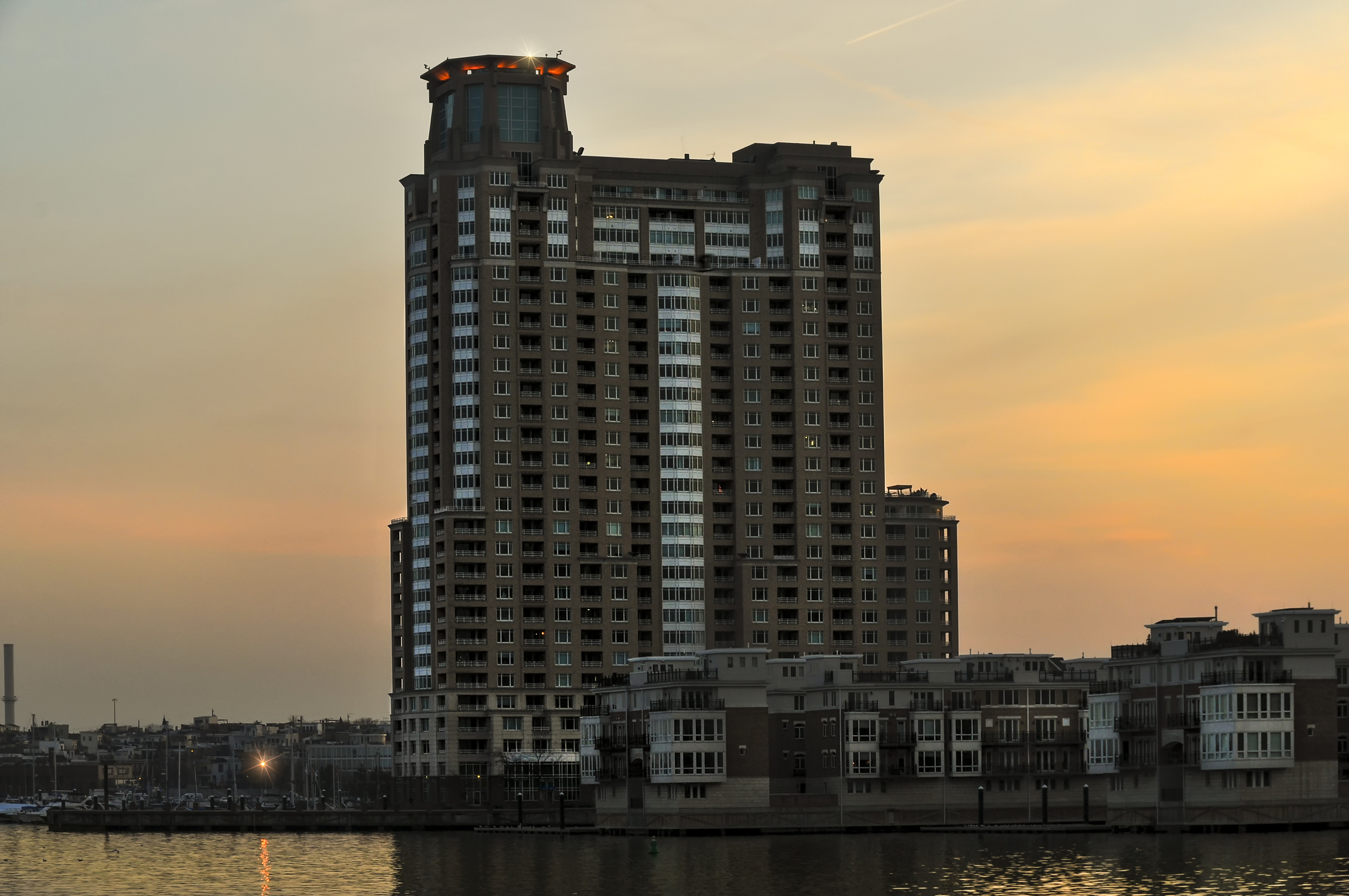 HarborView Condominium Baltimore.jpg