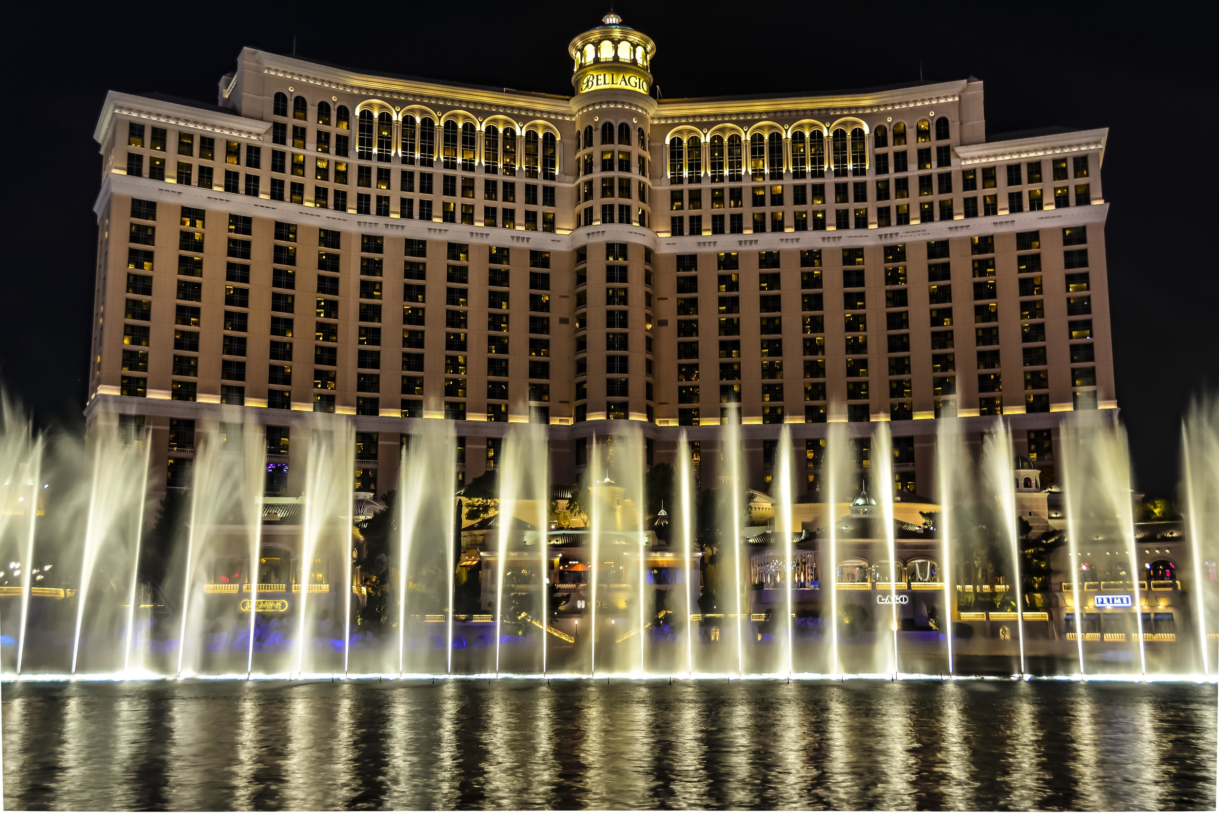 Fountains of Bellagio Las Vegas.jpg