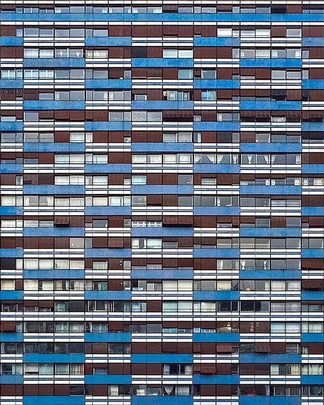 Imaginem quantas histórias escondidas que existem atrás dessas janelas...