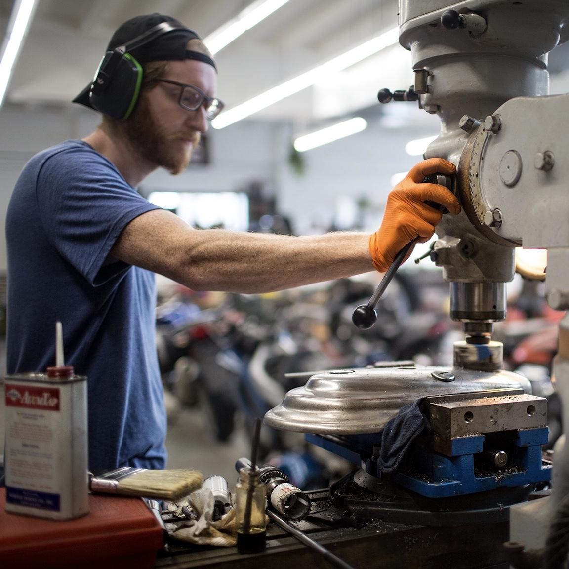 BRENDAN | ENGINEER & MACHINIST