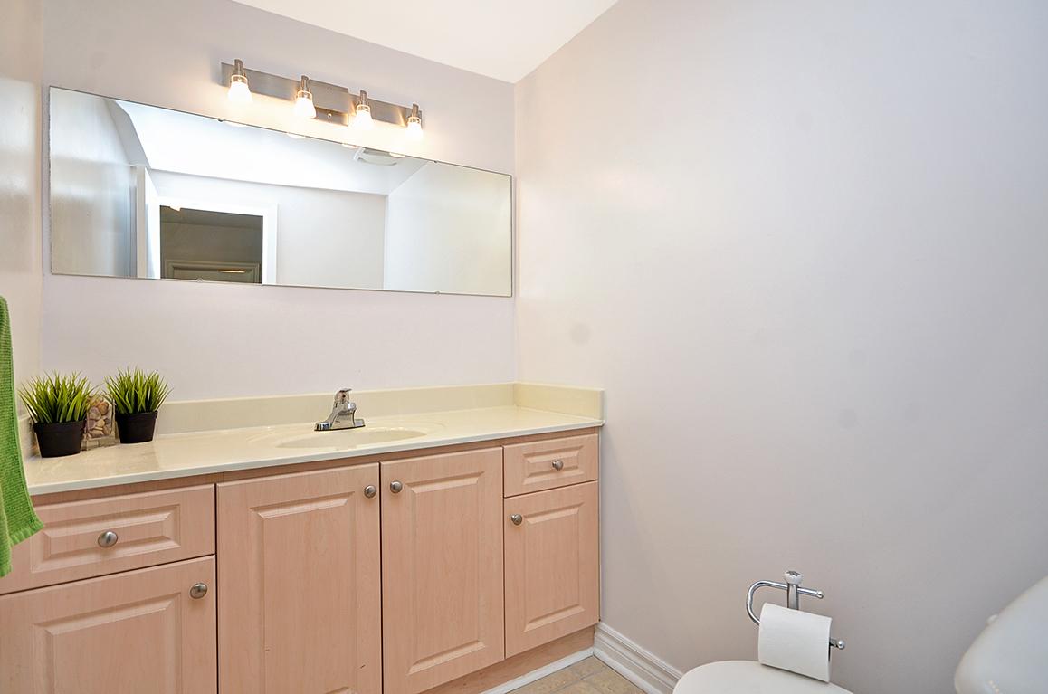 030bathroom3.jpg