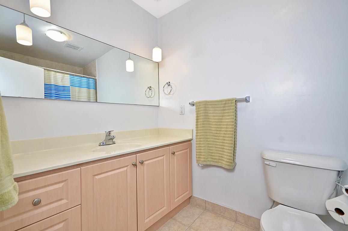 029bathroom2.jpg
