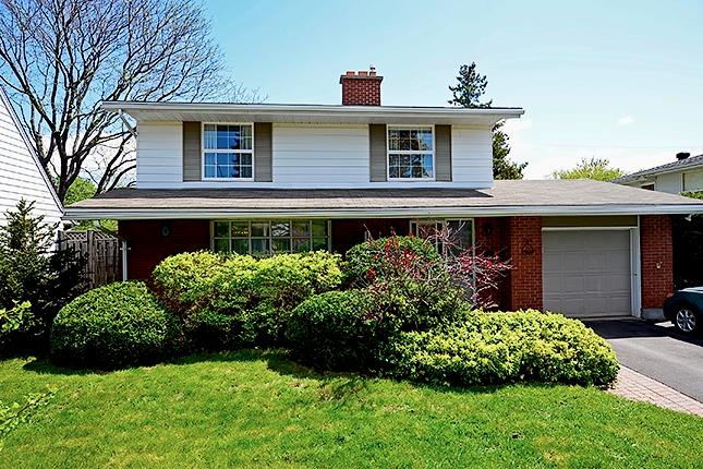 Alta Vista Home For Sale Ottawa