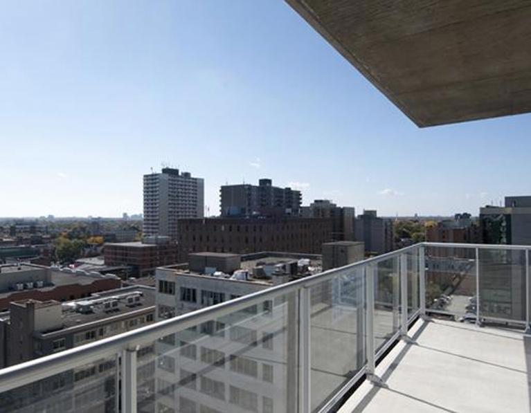 balcony-1.jpg
