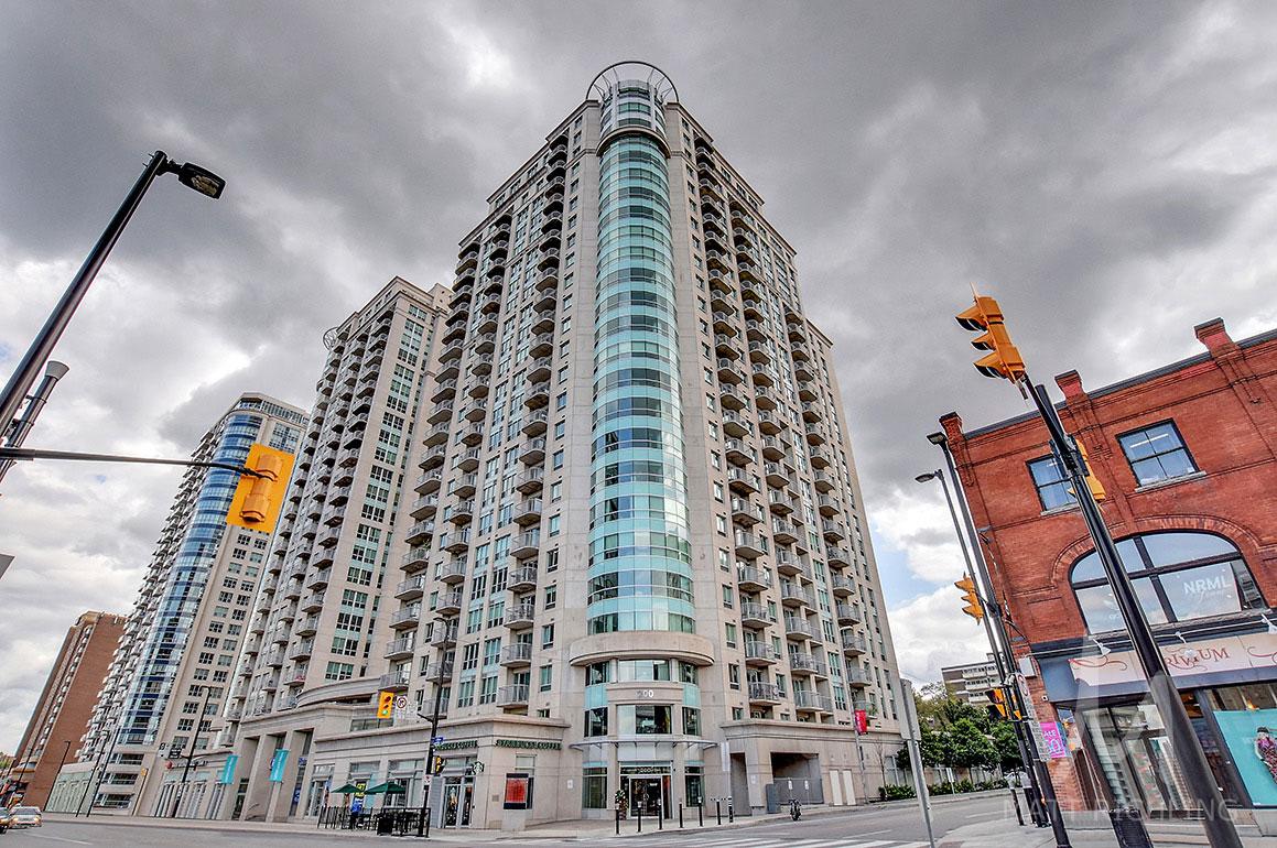 200 Rideau Claridge Plaza Condo Ottawa.jpg