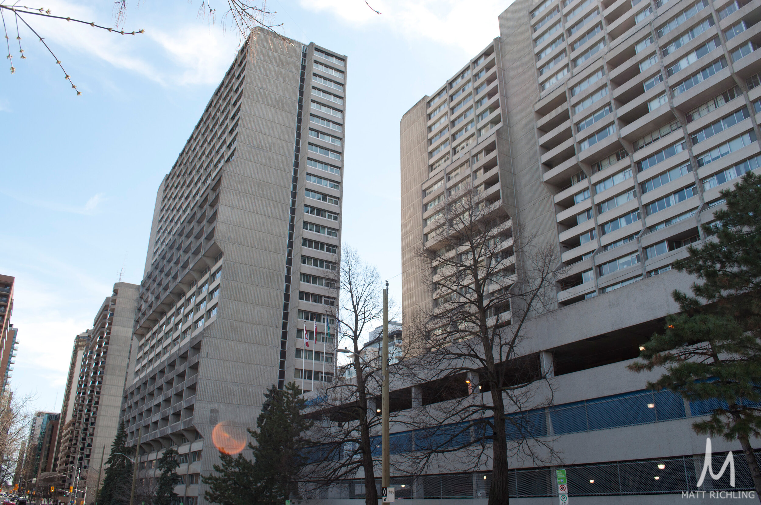 Queen Elizabeth Towers - 500 and 530 Laurier Ave