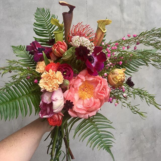On a bouquet roll! #fourleafcloverstudio