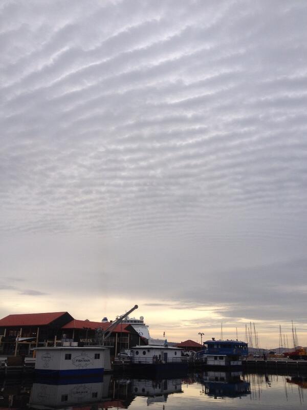 hobart_clouds