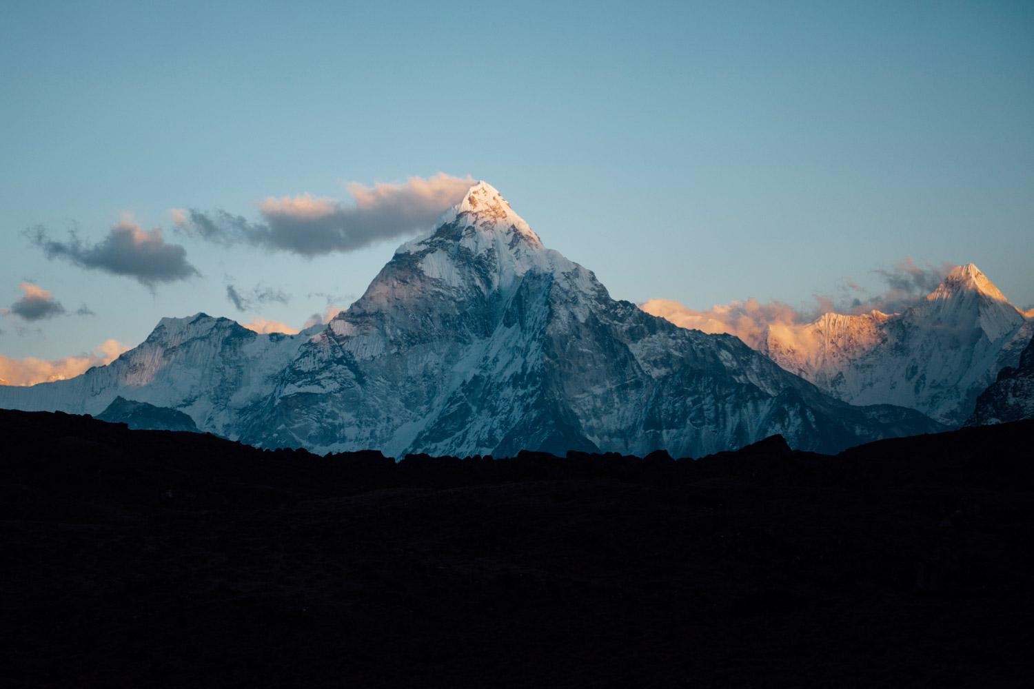 Katie_Mitchell_Photography_Travel_Photography_Everest_Nepal_12.jpg