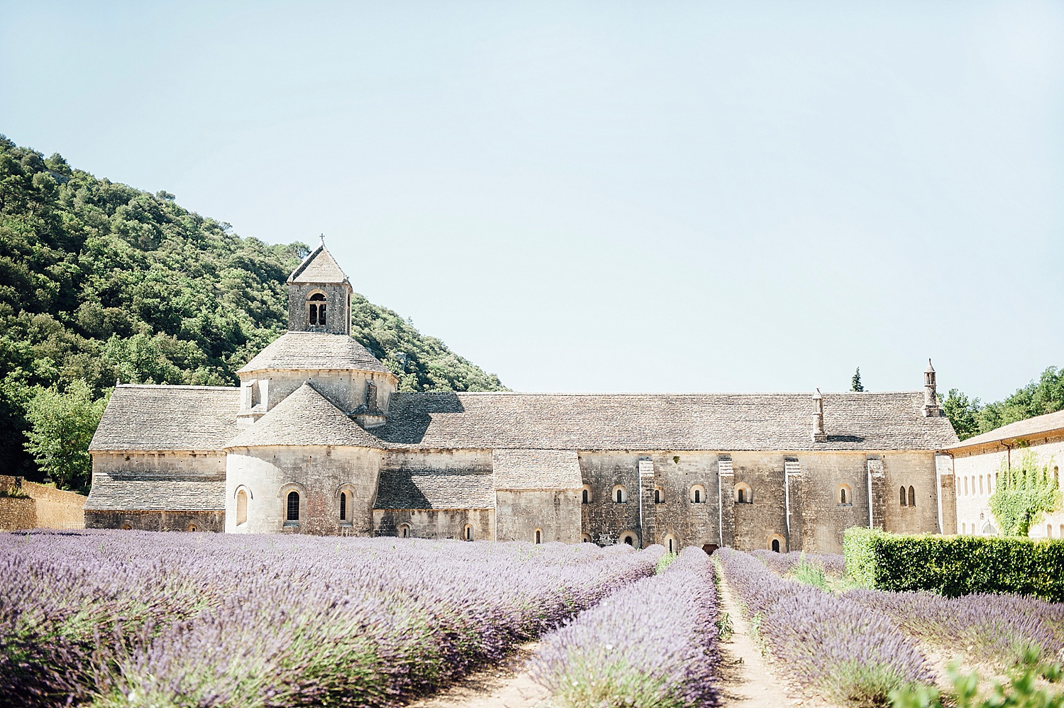 Katie_Mitchell_Photography_Provence_Travel_Photography_Gordes_01.jpg