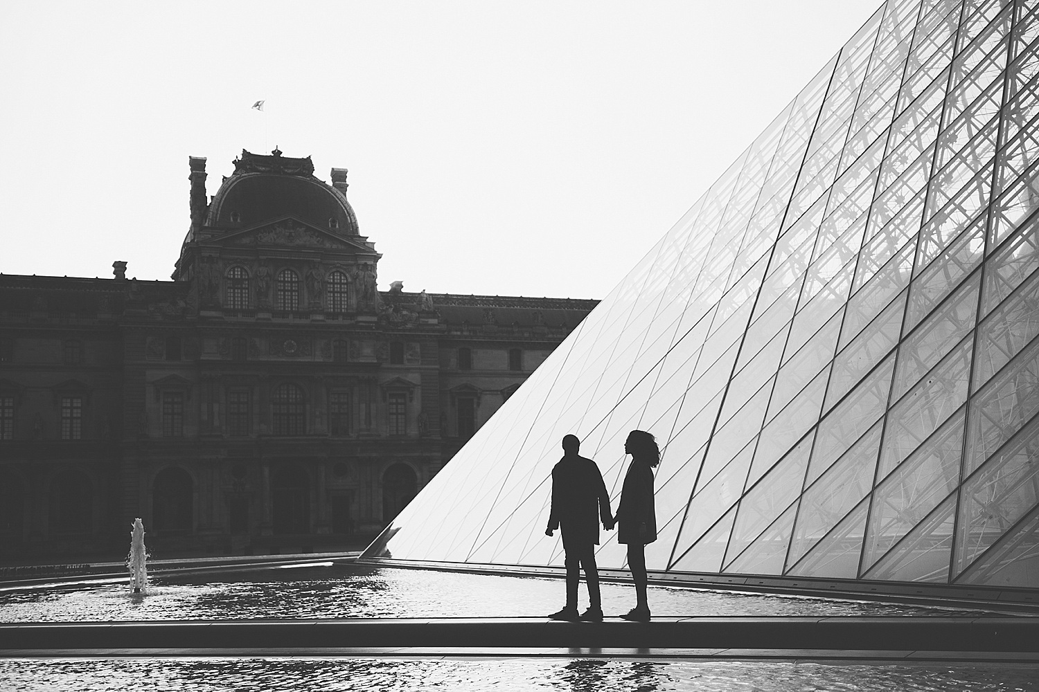 KMP_Paris_Engagament_Photographer_Louvre_01.jpg