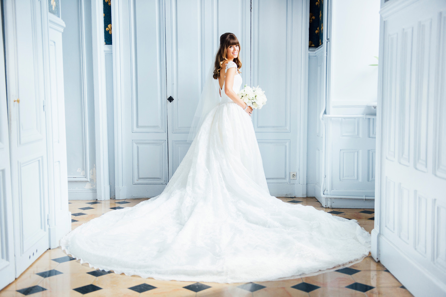 097-katie-mitchell-chateau-wedding-paris-france.jpg