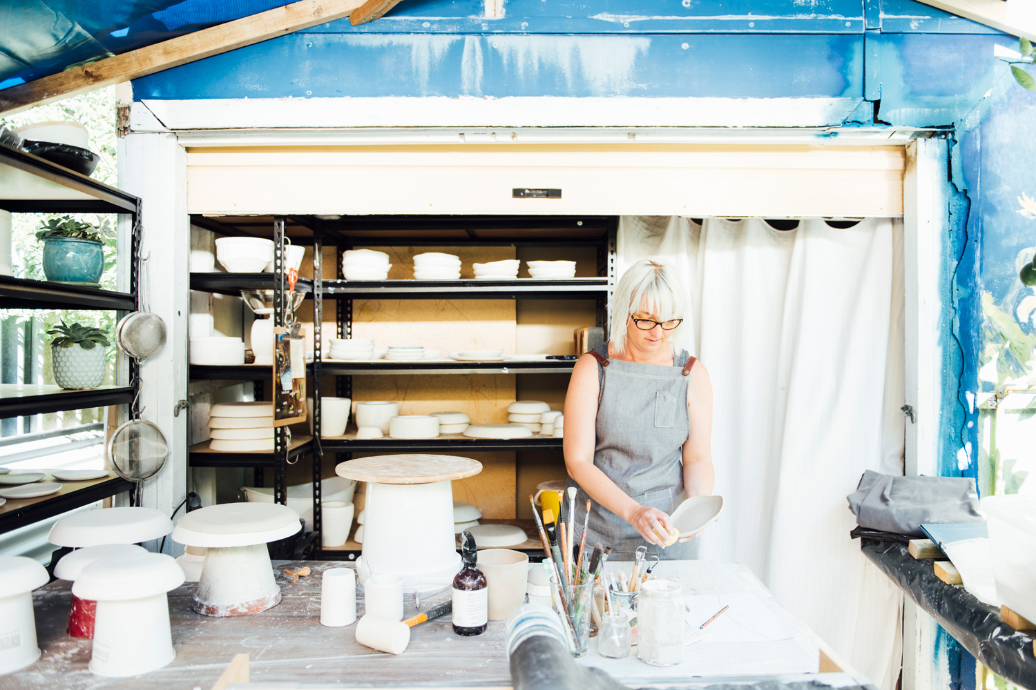 047-katie-mitchell-in-the-studio-perth-ceramicist-winterwares.jpg