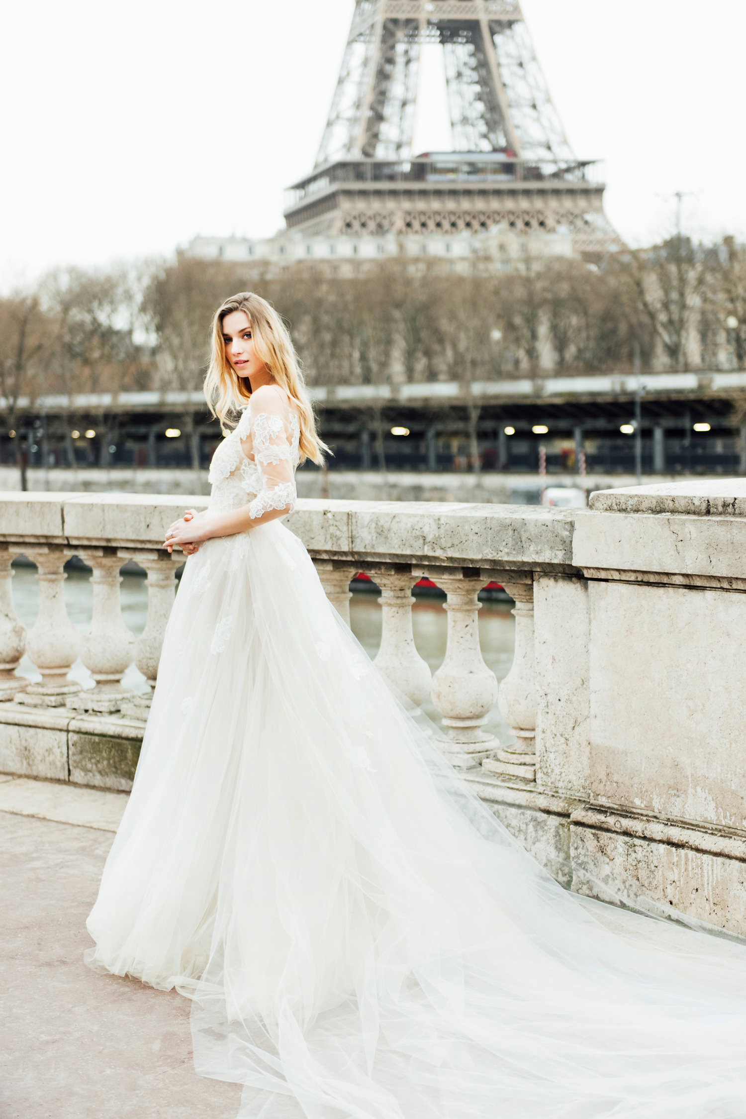 katie mitchell monique lhuillier bridal paris france wedding photographer_05.jpg