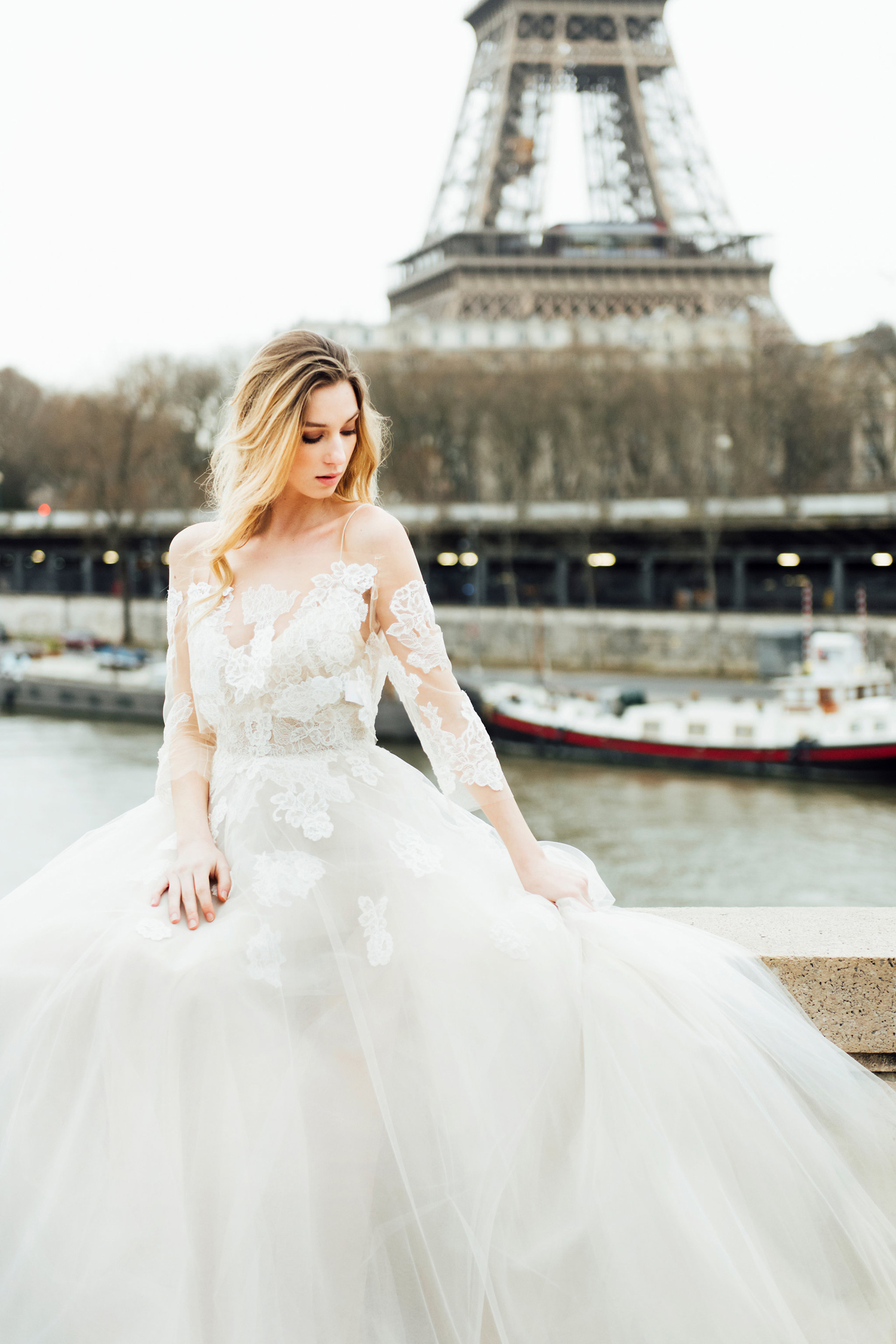 katie mitchell monique lhuillier bridal paris france wedding photographer_07.jpg