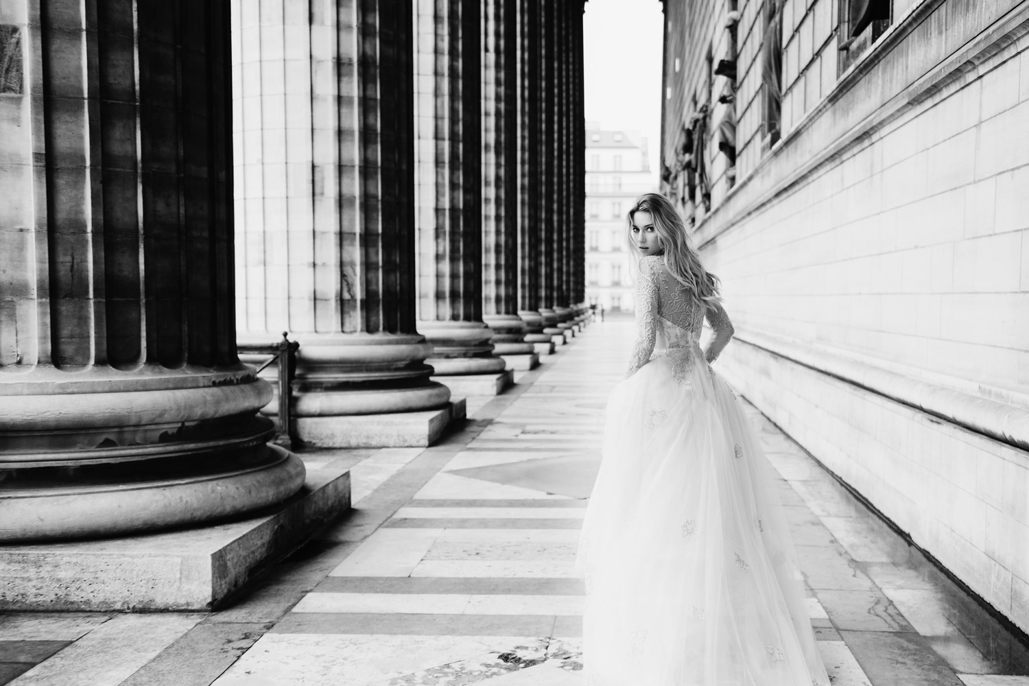 katie mitchell monique lhuillier bridal paris france wedding photographer_14.jpg