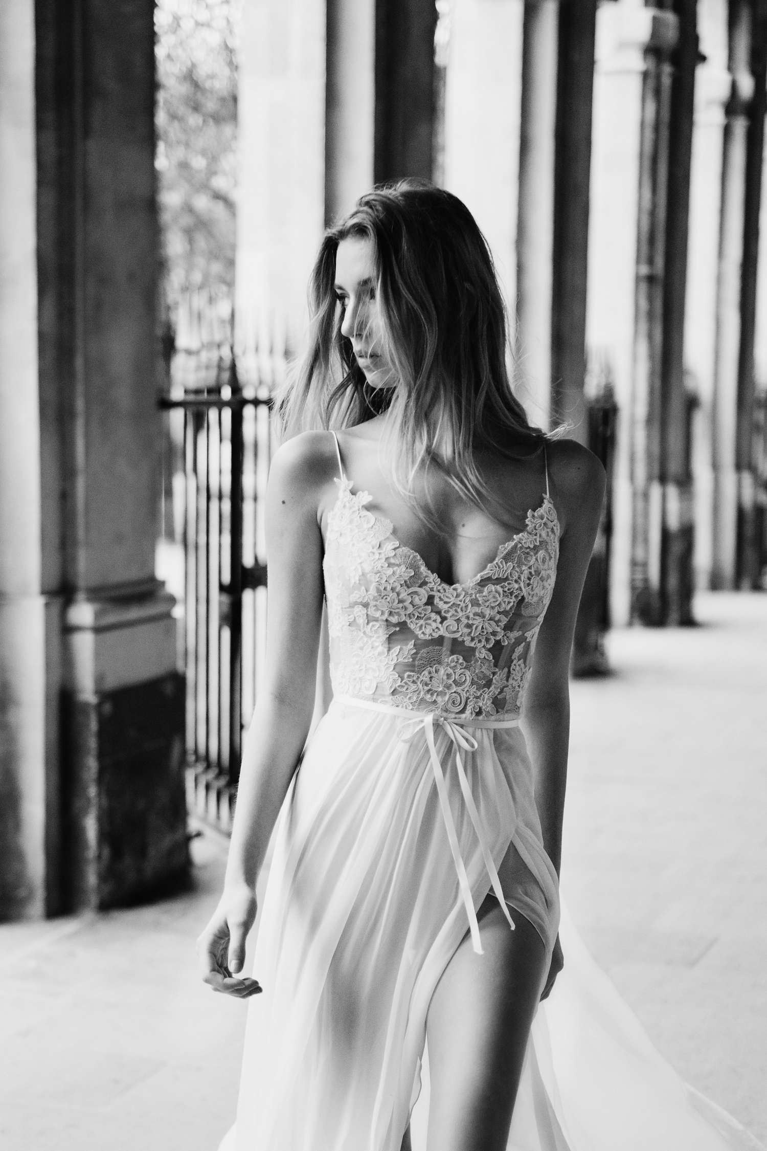katie mitchell monique lhuillier bridal paris france wedding photographer_21.jpg
