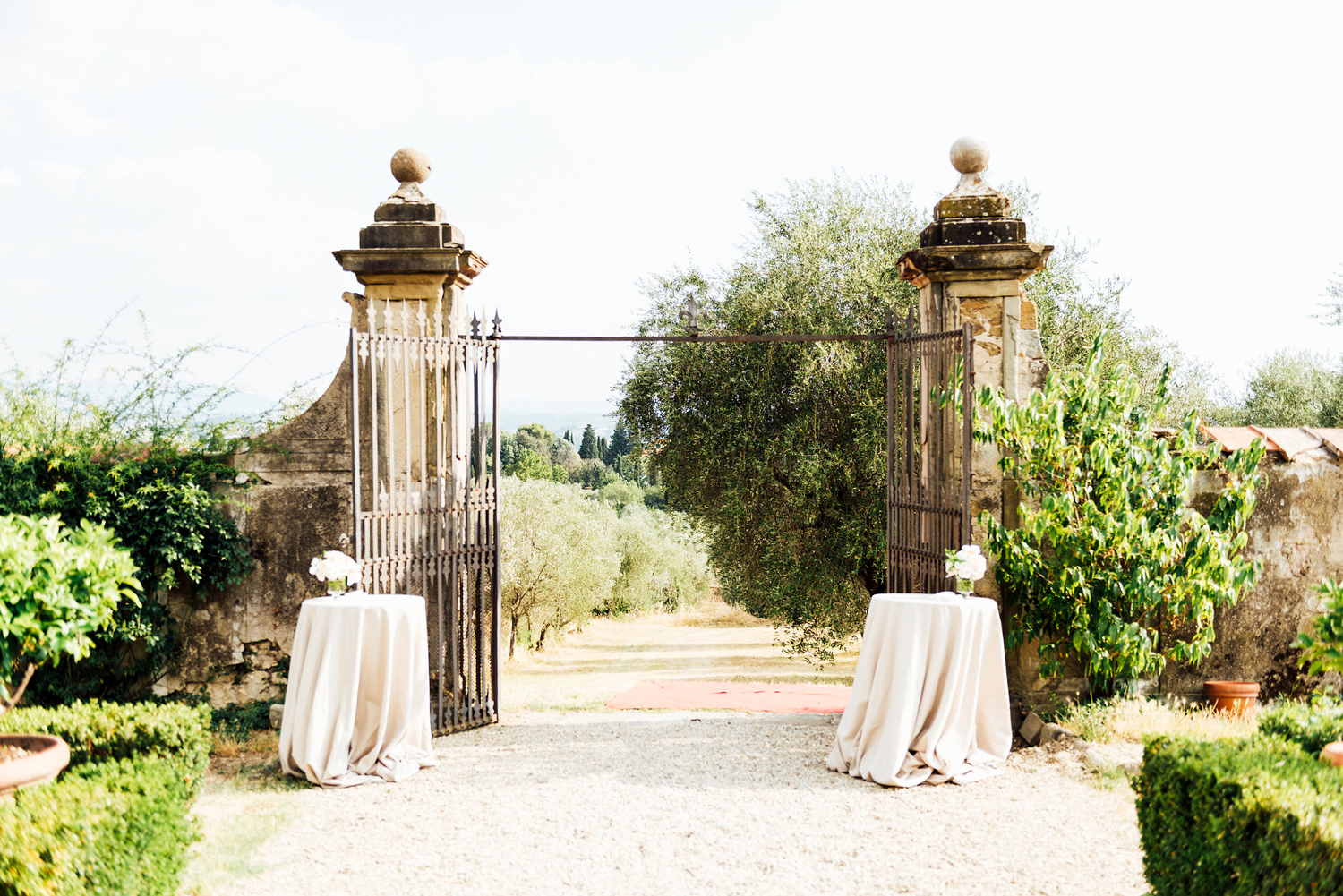 katie_mitchell_wedding_florence_tuscany_villa_di_miano_wedding_photography_38.jpg