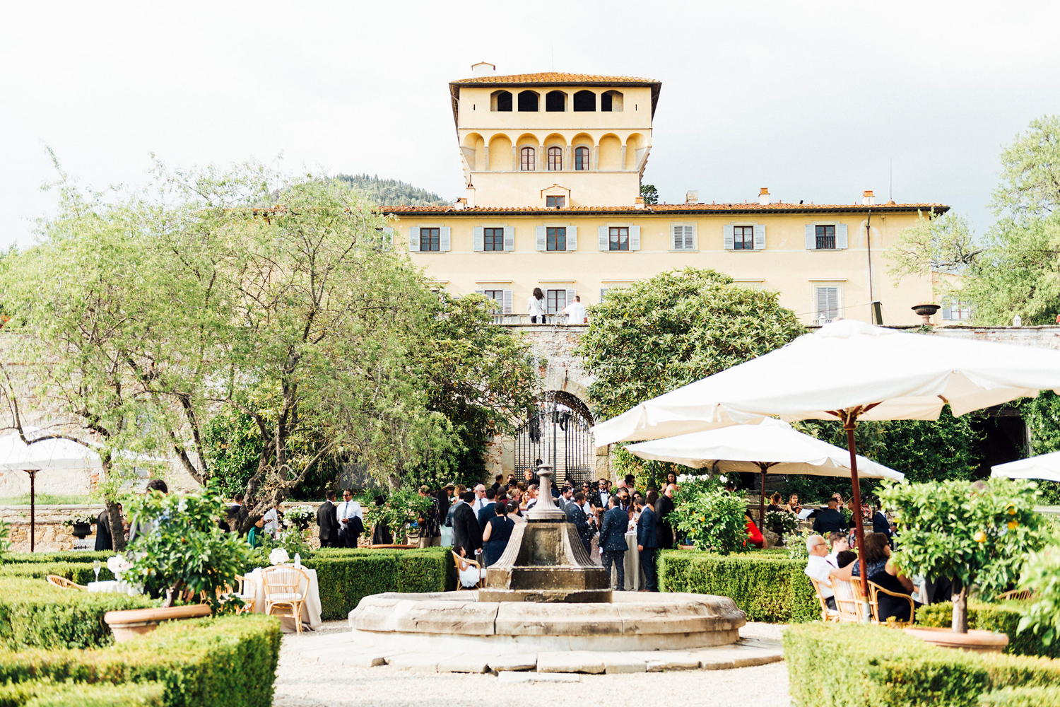 katie_mitchell_wedding_florence_tuscany_villa_di_miano_wedding_photography_39.jpg