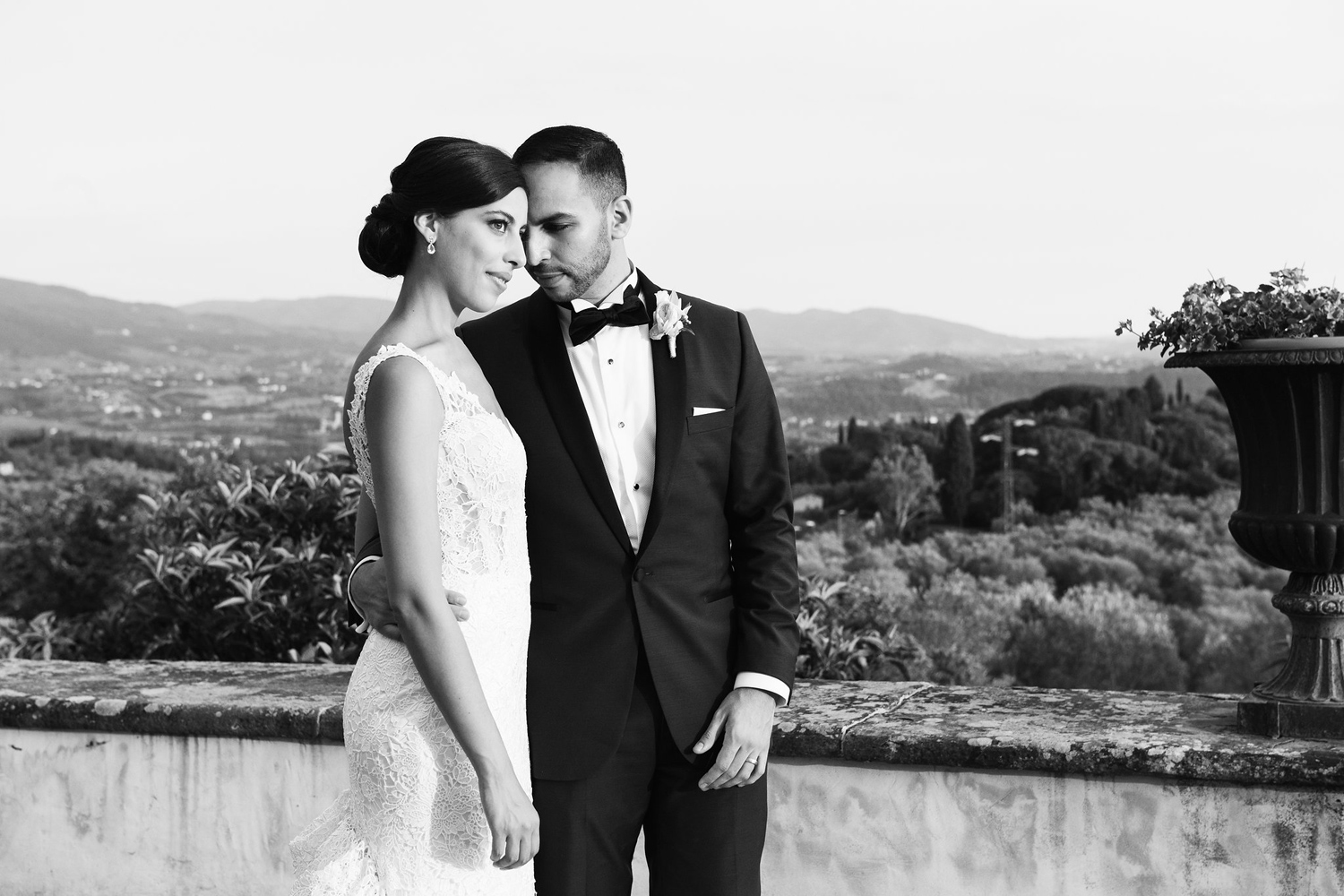 katie_mitchell_wedding_florence_tuscany_villa_di_miano_wedding_photography_53.jpg