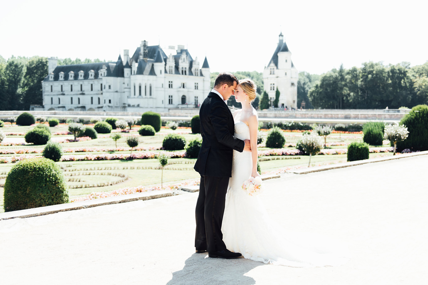 017-katie-mitchell-french-chateau-d-artigny-chateau-de-chenonceau-wedding-photography.jpg