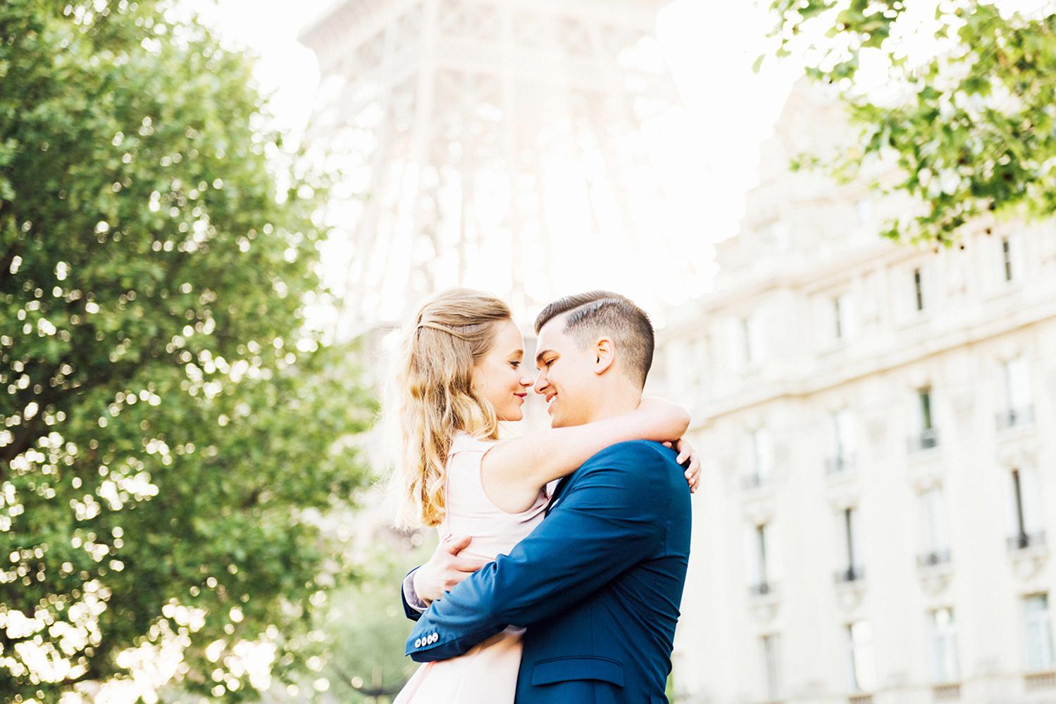 Katie_Mitchell_Paris_France_Engagement_Photographer_06.jpg