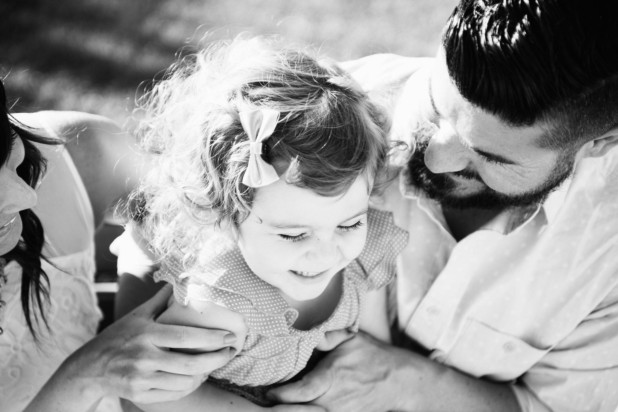 Katie_Mitchell_Paris_France_Family_Portrait_Photographer_04.jpg