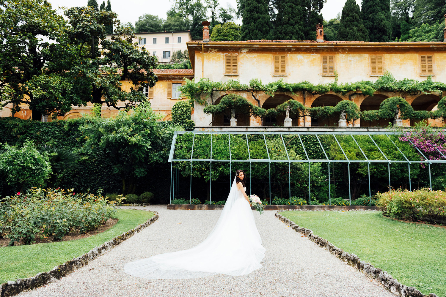 katie-mitchell-villa-pizzo-lake-como-wedding-_48.jpg