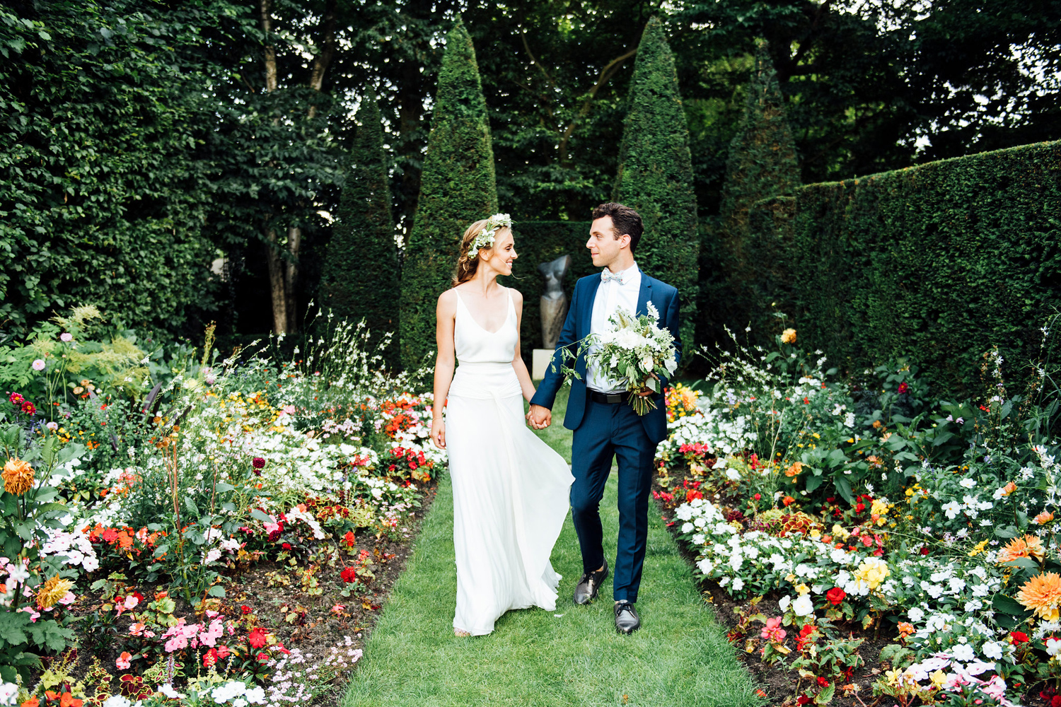 Katie_Mitchell_Photography_French_Country_Garden_Wedding_Paris_27.jpg
