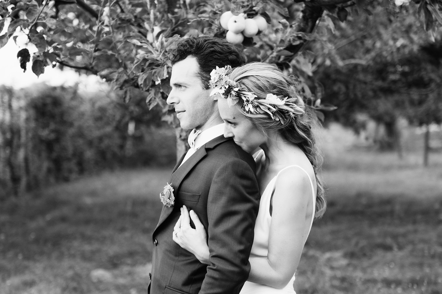 Katie_Mitchell_Photography_French_Country_Garden_Wedding_Paris_38.jpg