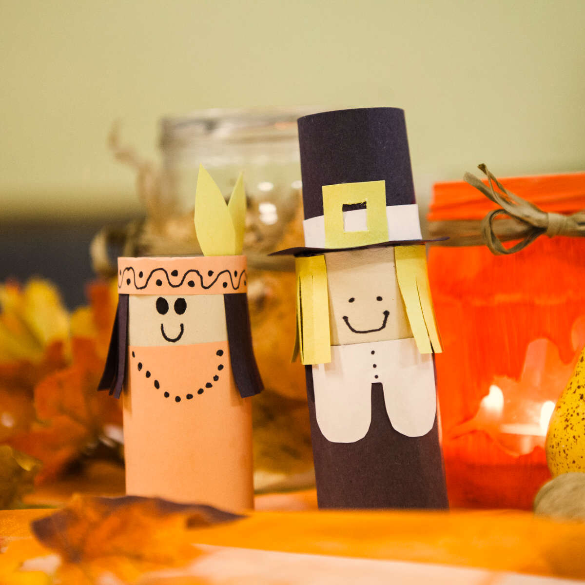 Během svátků míváme také zvláštní shromáždění, třeba na podzim slavíme s našimi Američany svátek Díkuvzdání.